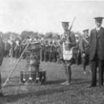Redmond inspecting Irish volunteers 1914