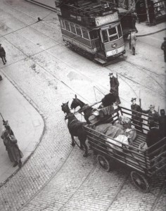 Aerial snap of a Tan checkpoint outside City Hall on Dame Street. Note one looking up and spotting the photographer.