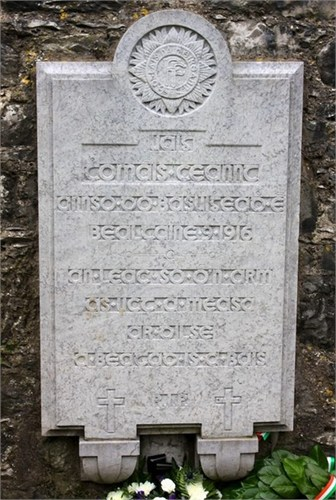Here is a photo of the Kent Memorial on Fermoy bridge