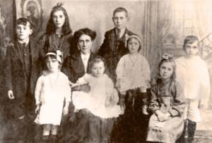 Kenny family 1920